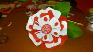 Flor para flamenca en fieltro