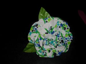 flor de gitana de fieltro