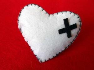 coletero de fieltro de corazon